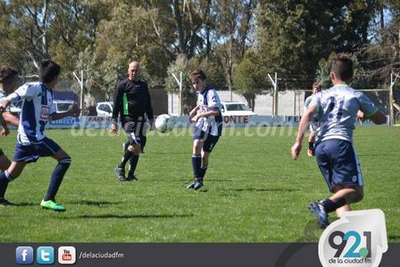 Darán un curso de formación de árbitros de fútbol 9ca9dfe26bdf3